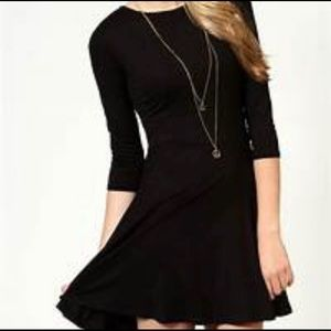 Perfect Little Black Dress! 3/4 sleeves and sz M